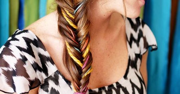 Colorful fishtail Hair Style girl hairstyle hairstyle| http://hairstylenakia.blogspot.com