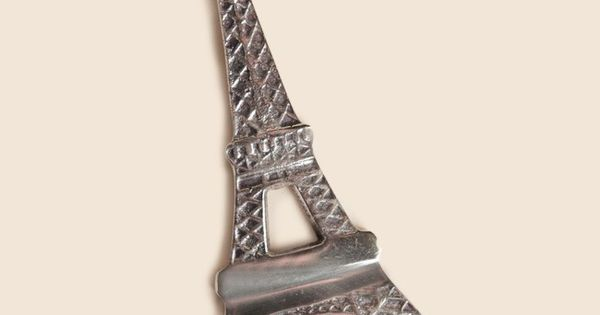 tour eiffel bottle opener i want this pinterest bottle opener and bottle. Black Bedroom Furniture Sets. Home Design Ideas