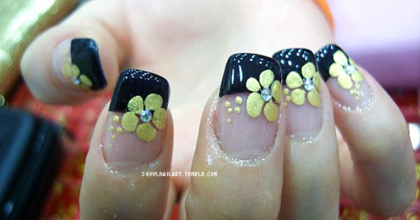 Nail Art Black French Tip Manicure With Gold Flower Nail Art Design French Tip Nail Designs Nail Designs Tumblr French Tip Nail Art