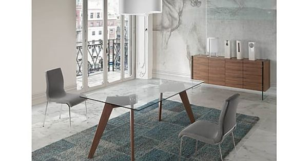 Mesa de comedor de cristal templado y madera nuria for Comedores de madera y cristal