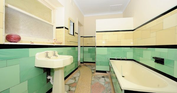 1950s bathroom vintage home pinterest 1950s bathroom for 1950s bathroom tile floor