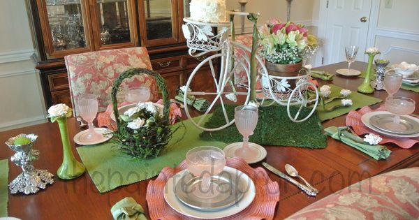 pink green bicycle centerpiece Tablescapes Pinterest  : 91e478e86cc1b42abf046a162241d38a from pinterest.com size 600 x 315 jpeg 47kB