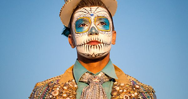 Fantastic dia de los muertos sugar skull makeup and costume