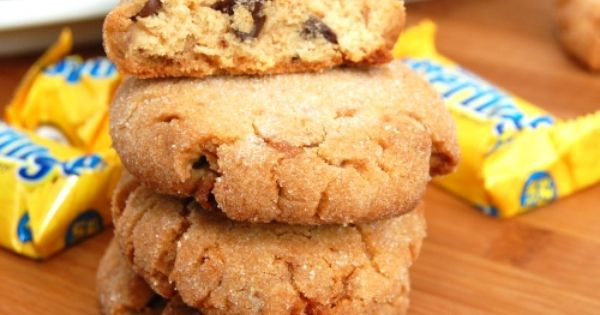 Butterfinger Chocolate Chip Peanut Butter Cookies!! OOohh ...