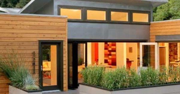 Love Small Modern Homes