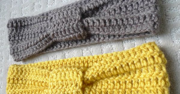 Great pattern and photos. Super easy. Just double crochet six horizontal rows