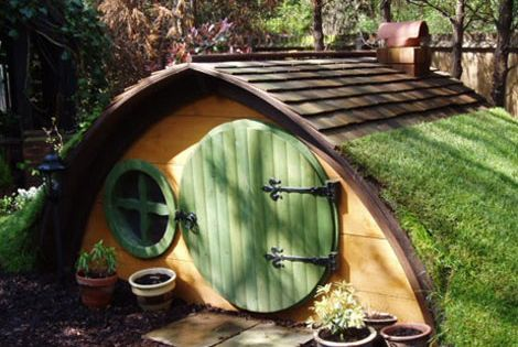 Great I dea for Grandkids, forget treehouse- hobbit homes adorable and much
