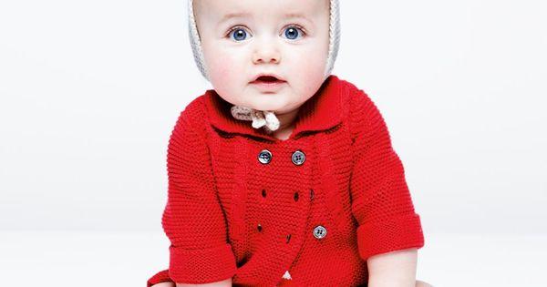 Cutest baby!! Cardigan, Burberry. Bloomer, La Petite Luce. Béguin, Bonton. Chaussettes, Lucien