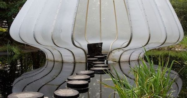 Wow:: creative idea for outdoor space: Beautiful Pond Room