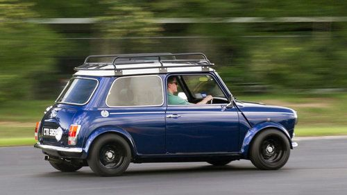 Classic Mini Cooper Roof Rack Driving Voyager Offroad Jpg Mini Cooper Classic Roof Rack Mini Cooper