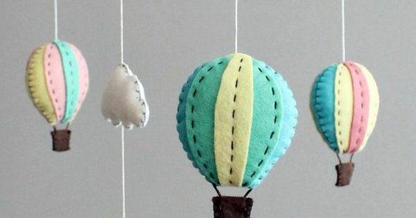 bastelideen mobile kinderbett filz gasballons selbst gestalten pinterest selbermachen. Black Bedroom Furniture Sets. Home Design Ideas