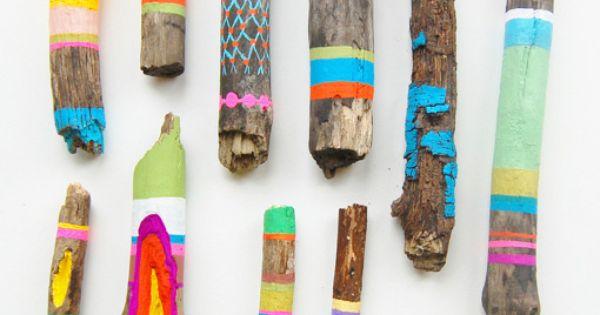 Schelpen drijfhout alles wat je tegenkomt deze zomer kun je opvrolijken decoreer met kleur - Geschilderde bundel ...