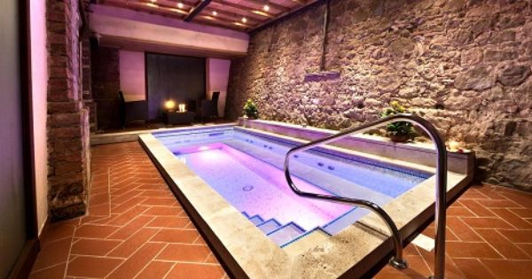 تصاميم حمامات سباحة داخلية للفيلات و المنازل الكبيرة ست البيت كل ما يخص حواء House Corner Bathtub Bathtub