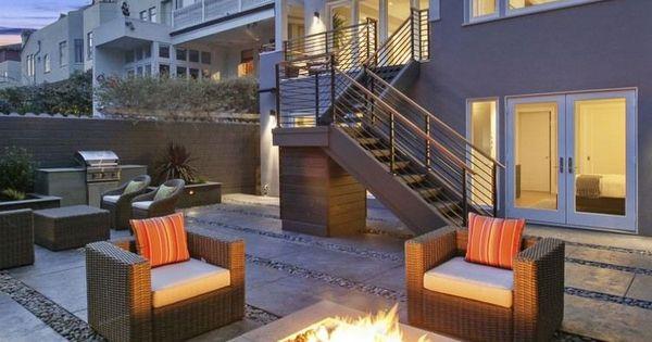 feuerstelle auf der terrasse bodenbelag aus steinplatten. Black Bedroom Furniture Sets. Home Design Ideas