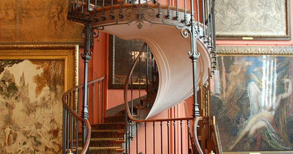 Spiral Staircase, Gustav Moreau Museum, Paris, France; Holy shit,......I want this in