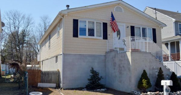 Single Family Detached Raised Ranch Port Monmouth Nj 4 Bedroom 2 Bath Raised Ranch In Terrific Condition Eat Sale House Land For Sale Find Homes For Sale