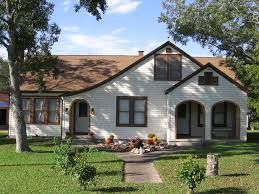 Red Ranch Style House Tan Roof Google Search House Paint Exterior White Exterior Houses Ranch House Exterior
