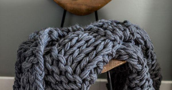 custom made arm knit blanket grobstrick berwurfdecke muster und stricken decken. Black Bedroom Furniture Sets. Home Design Ideas