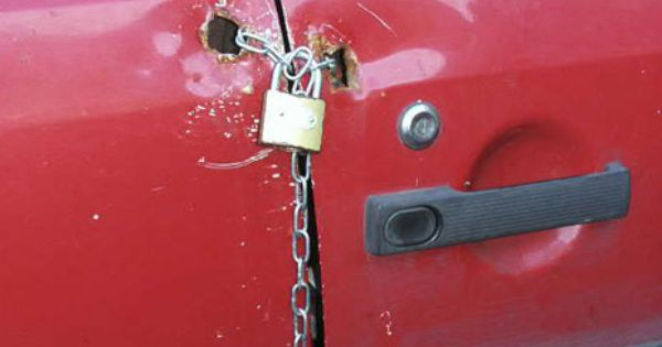 Ghetto car lock... Class.