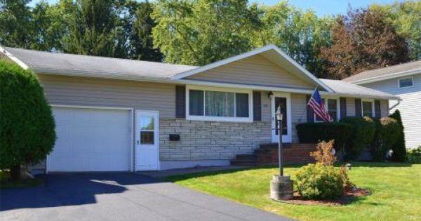 3 Bedroom Ranch Salina Ny Homes Move In Ready 239 Patricia Drive North Syracuse Ny Contact Bob Mctague At New York Homes Real Estate Syracuse New York