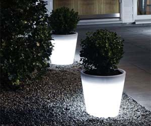 Chbcommunity California Home Builders Specializing In Developing And Building Residential Communities Multifamily Projects Backyard Planters Garden Design