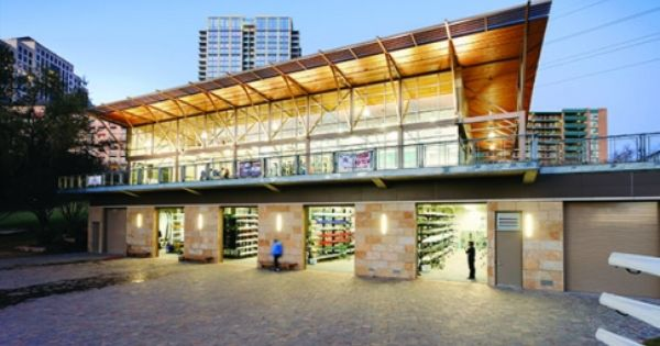 Waller Creek Boathouse Austin Tx Home Of Pumpkin Head Regatta And Texas State Championships House Boat House Styles Rowing