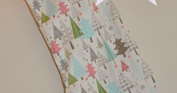 Sew Scrumptious: Christmas Stocking Tutorial and Pattern (Like the assembly method, but