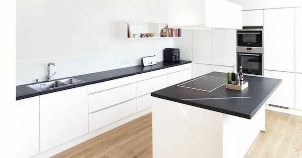 arbeitsplatte küche in schwarz und weiße möbel bilden einen - nobilia küchen arbeitsplatten