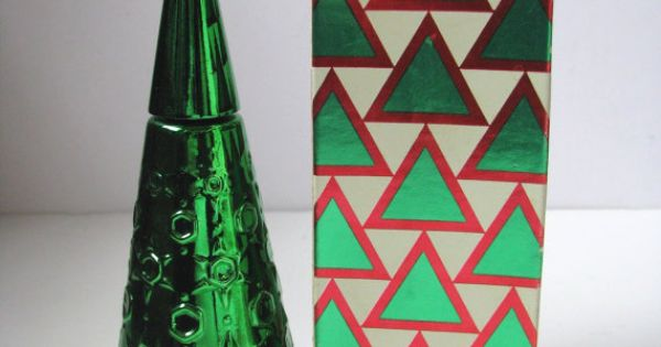 Vintage Green Avon Christmas Tree Decanter W/Bubble Bath