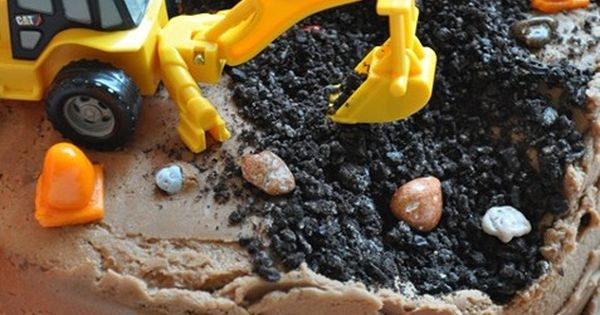 So great Kid party ideas! 100 Easy Kid's Birthday Cake Ideas