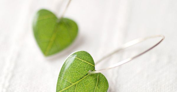 Green leaf earrings I Heart Nature Heart earrings by BeautySpot,