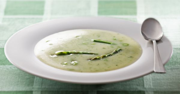 Asparagus soup, Egg on toast and Poached eggs on Pinterest