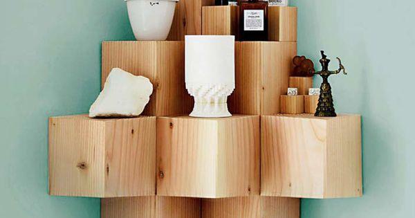 Etag re de cubes de bois brut diy ou comment rendre un coin de pi ce origin - Etagere cube bois brut ...