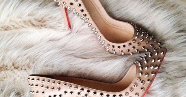 Louboutin Shoes Clearance The Lowest Price