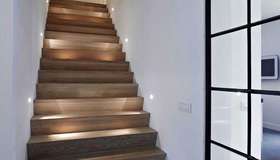 Ideeen trap lichtplan pinterest houten trap trappen en verlichting - Ideeen deco trappen ...