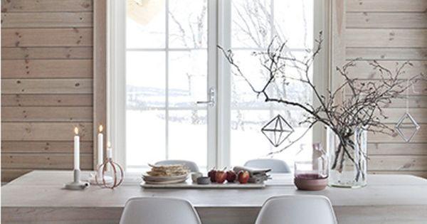 Holzhaus einrichten mit wei und beton ein sch nes for Holzhaus modern einrichten