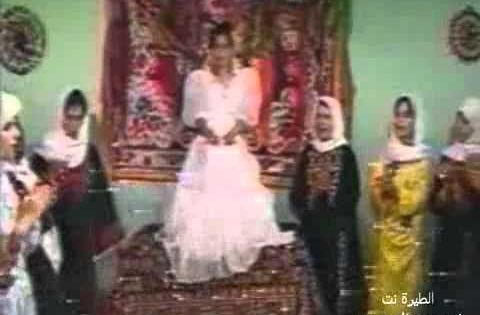 تميز العرس الفلسطيني بأغانيه الشعبية التي ينظمها ويلحنها شعراء القرية أو المدينة الفلسطينية والتي تعكس الحالة Flower Girl Dresses Flower Girl Wedding Dresses