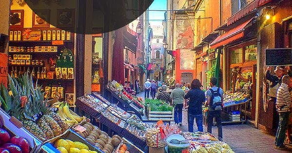 10 Things to do in Bologna, Italy that you shouldn't miss on