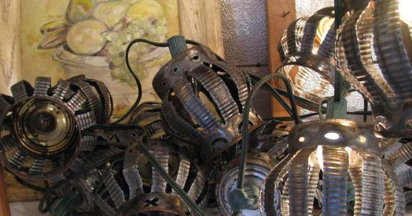 Outdoor Lights made from Tin Cans - that's kinda cool!