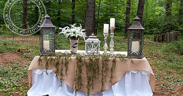 At The Wedding Alter Table Setting Ideas