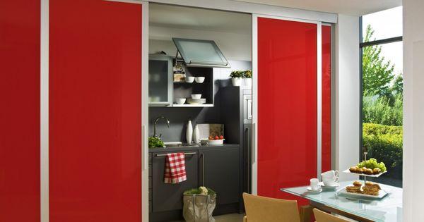 das inova schiebet r system swing in rot mit einem alu. Black Bedroom Furniture Sets. Home Design Ideas