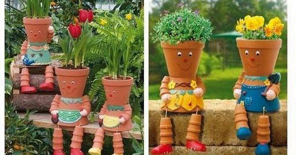 Mon Jardin Fleuri Des Personnages Avec Des Pots En Terre