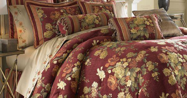 Cotswold Floral Comforter Set Burgundy