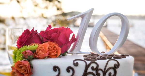 Alternative 10th Wedding Anniversary Gifts : 10th Anniversary cake with scroll design, teal ribbon and flowers ...