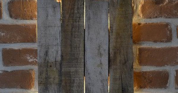 led design wandlampe holz shabby used vintage wandlampen palettenm bel und led. Black Bedroom Furniture Sets. Home Design Ideas