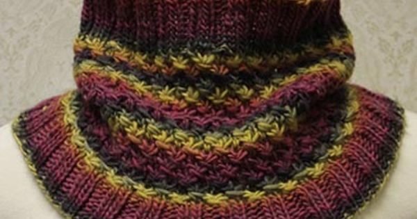 Knitting Amp Crochet Patterns Free Download : Free knit star stitch cowl pattern download design by kcn