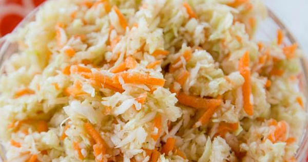 Summer Coleslaw - light and tangy no mayo coleslaw recipe that you can ...