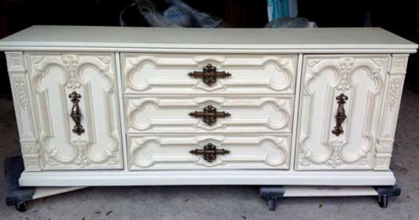 Painted 70 S Dresser Two Matching Nightstands Available