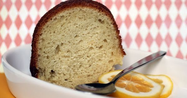 Sour cream coffee cake, Coffee cake and Sour cream on Pinterest