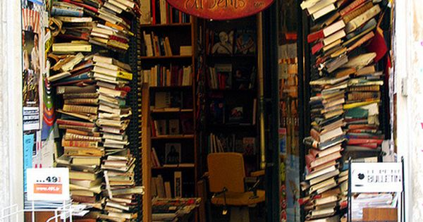 Bookstore entrance in Lyon, France. I belong here.